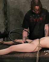 Watch this slave squirt!